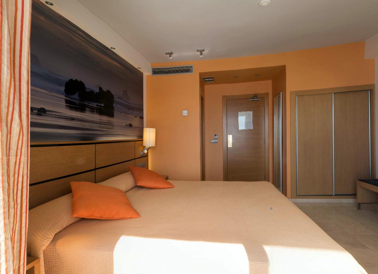 Hotel porto calpe pebasa innova sistemas de climatizaci n - Porto calpe hotel ...